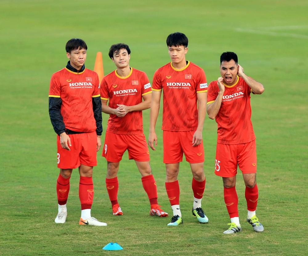 Thêm một cầu thủ U22 được bổ sung lên đội tuyển Việt Nam cho chiến dịch Vòng loại World Cup 2022 - Ảnh 22.