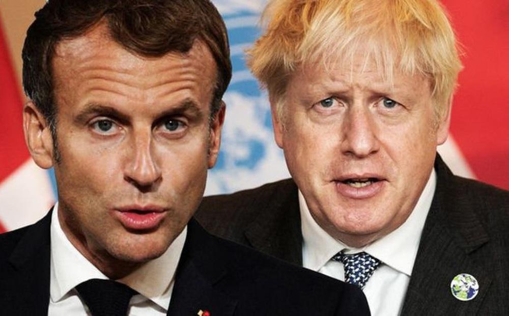 """Mất hợp đồng tỷ đô, Pháp """"khóc hết nước mắt"""" - Chỉ có một quốc gia cười lớn chưa từng có!"""