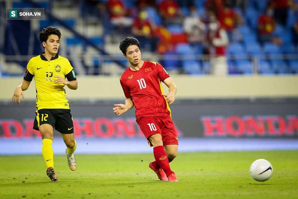 Công Phượng tiếp tục ghi bàn, tuyển Việt Nam đón tin vui trước ngày quyết đấu Trung Quốc - Ảnh 2.
