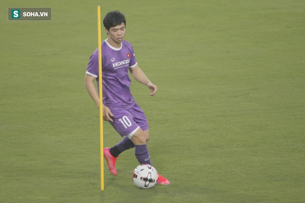 Công Phượng tiếp tục ghi bàn, tuyển Việt Nam đón tin vui trước ngày quyết đấu Trung Quốc - Ảnh 1.