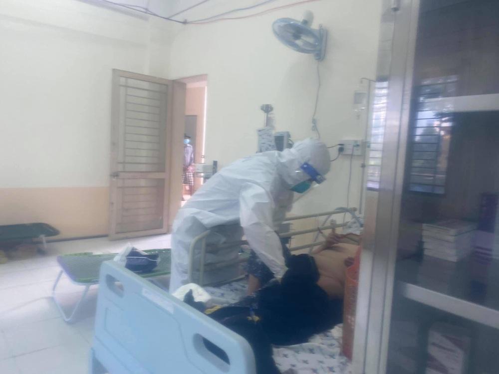 F0 ở lại viện chăm bệnh nhân: Có người cho vàng quyết không nhận nhưng món quà này thì không thể cầm được lòng - Ảnh 4.