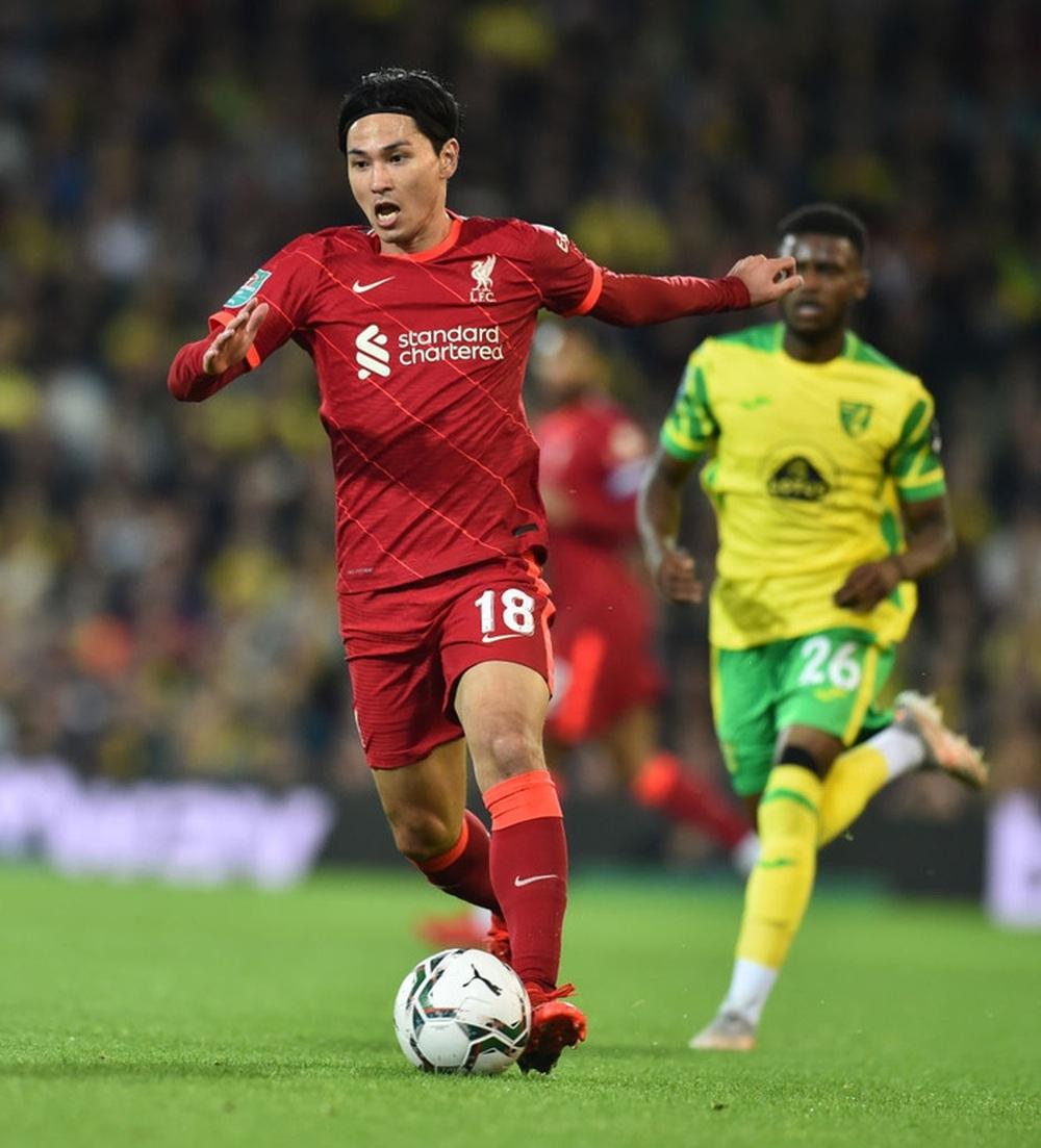 Sao Nhật Bản lập cú đúp giúp Liverpool thắng đậm, Manchester City cũng nhân cơ hội trút giận - Ảnh 2.