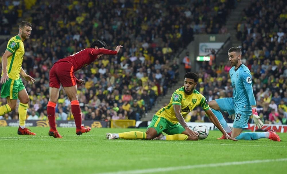 Sao Nhật Bản lập cú đúp giúp Liverpool thắng đậm, Manchester City cũng nhân cơ hội trút giận - Ảnh 6.
