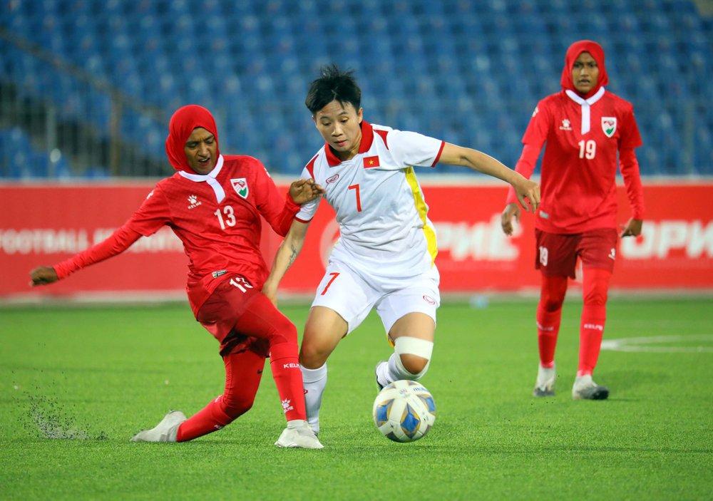 HLV Mai Đức Chung không hài lòng dù ĐT Việt Nam thắng cách biệt 16 bàn - Ảnh 1.