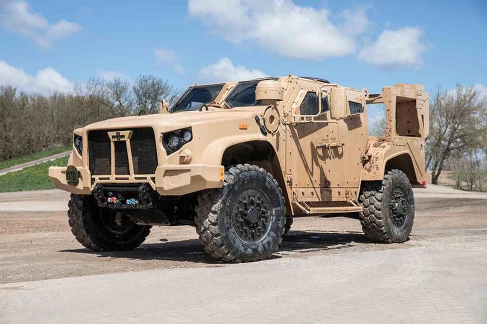 Tậu xe quân sự dạo phố, tưởng khó mà dễ: 200 triệu là giấc mơ thành hiện thực! - Ảnh 3.