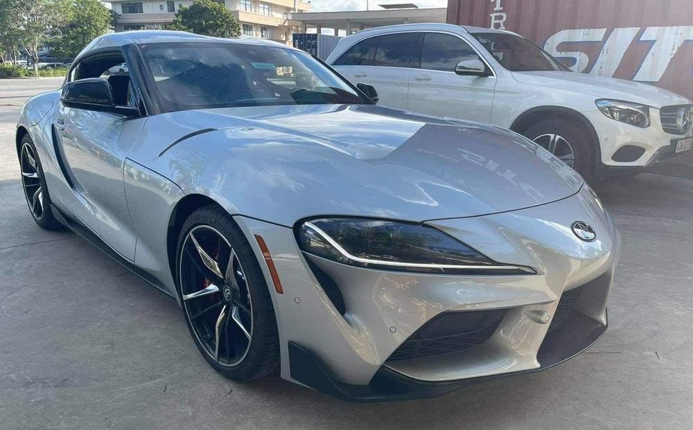 Xe thể thao Toyota mới về Việt Nam: Người anh em cùng mẹ khác cha với BMW Z4; thế hệ đi trước khiến dân chơi Mỹ khiếp đảm!