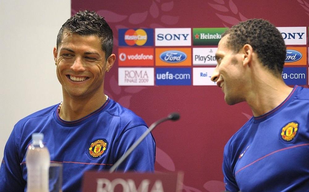 Huyền thoại MU bị choáng khi đến thăm Ronaldo