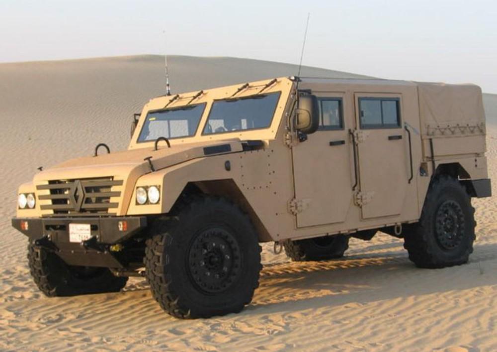 Tậu xe quân sự dạo phố, tưởng khó mà dễ: 200 triệu là giấc mơ thành hiện thực! - Ảnh 5.