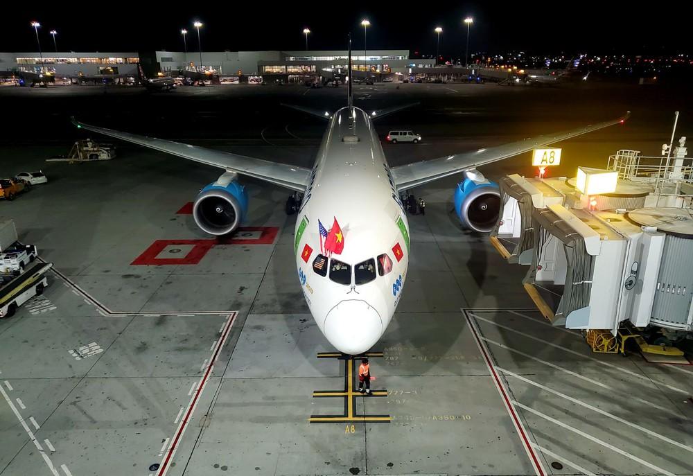 Bamboo Airways của tỷ phú Trịnh Văn Quyết đã hoàn thành chuyến bay có độ dài kỷ lục của hãng - Ảnh 1.