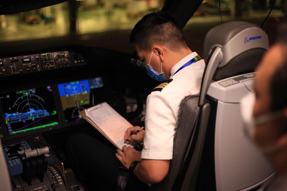 Bamboo Airways của tỷ phú Trịnh Văn Quyết đã hoàn thành chuyến bay có độ dài kỷ lục của hãng - Ảnh 4.