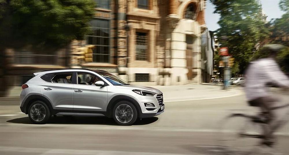 Dọn kho đón hàng mới, Hyundai Tucson giảm giá mạnh, thấp nhất từ trước đến nay - Ảnh 1.