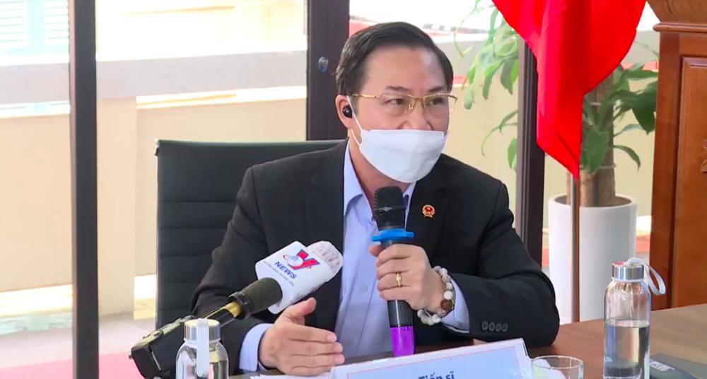 Tiến sĩ Lưu Bình Nhưỡng: Hoài Linh phải giải ngân ngay, kể cả chồng thêm tiền lãi cũng không được - Ảnh 1.