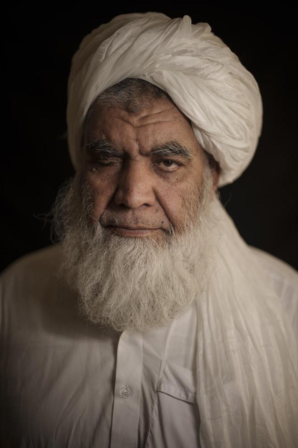 Bắn vỡ đầu, chặt tay chân để thị chúng: Taliban thản nhiên nói về hình phạt rùng rợn, ác mộng đã đến Afghanistan - Ảnh 2.