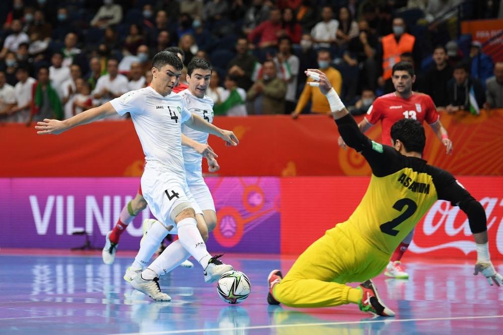 Rực cháy như Việt Nam, Uzbekistan suýt làm nên bất ngờ chấn động nhất World Cup - Ảnh 2.