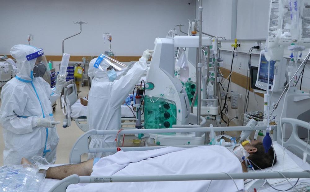 Bệnh nhân nặng, tử vong ở TPHCM giảm từng ngày