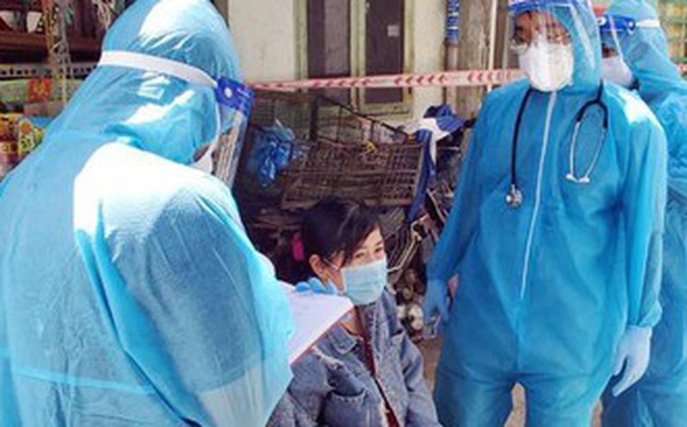 """Chủ tịch Viện Y học Bản địa Việt Nam """"hiến kế"""" giải pháp sống chung với Covid-19 như các dịch sốt xuất huyết, sốt rét"""