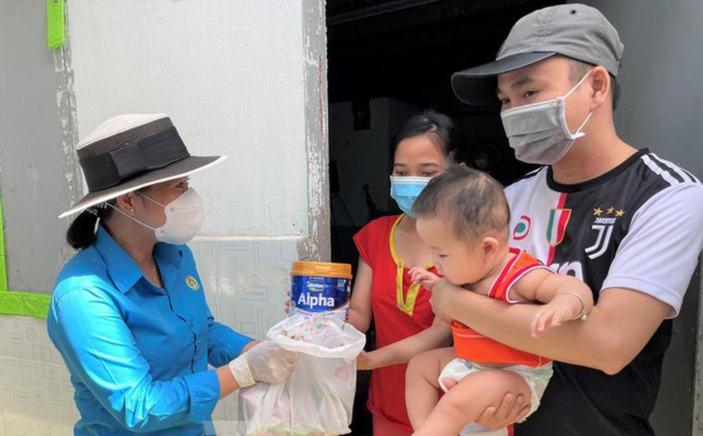 Bình Dương hỗ trợ tiền mai táng, tiền thuê nhà trọ và trẻ mồ côi vì COVID-19