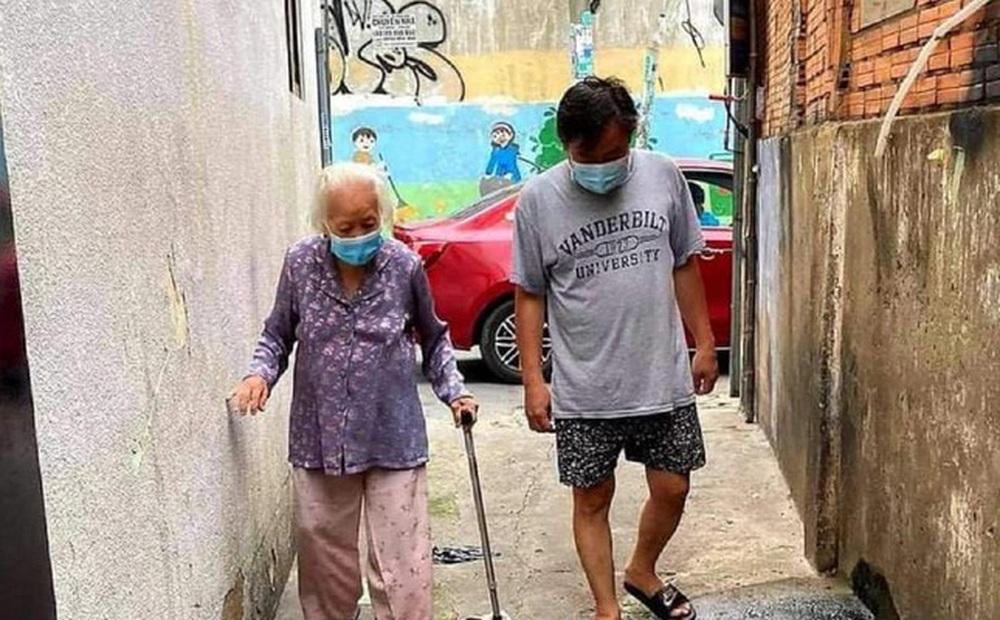 Bệnh nhân cao tuổi nhất Trung tâm Hồi sức COVID-19 TPHCM chiến thắng 'tử thần'