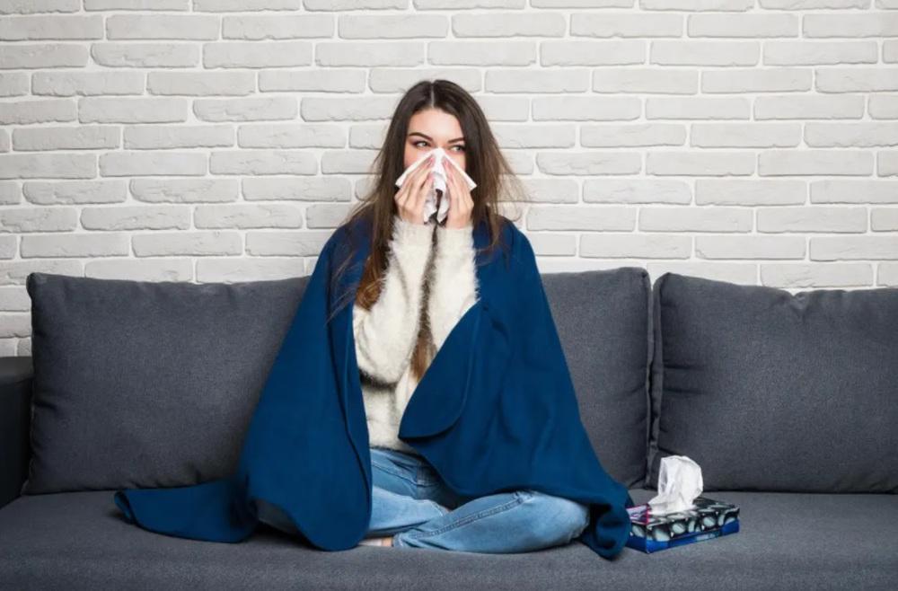 Cập nhật 20 triệu chứng COVID-19 phổ biến nhất lúc này: Chuyên gia nói không thể bỏ qua - Ảnh 3.