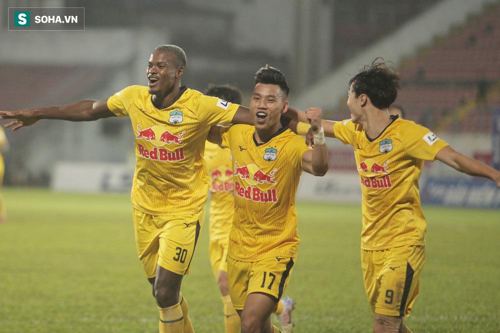 HAGL vướng quy định của AFC, dẫn đầu V.League 2021 vẫn không được dự cúp châu Á mùa sau? - Ảnh 1.