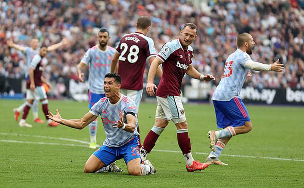 Man Utd - Aston Villa: Không thể phụ thuộc vào Ronaldo