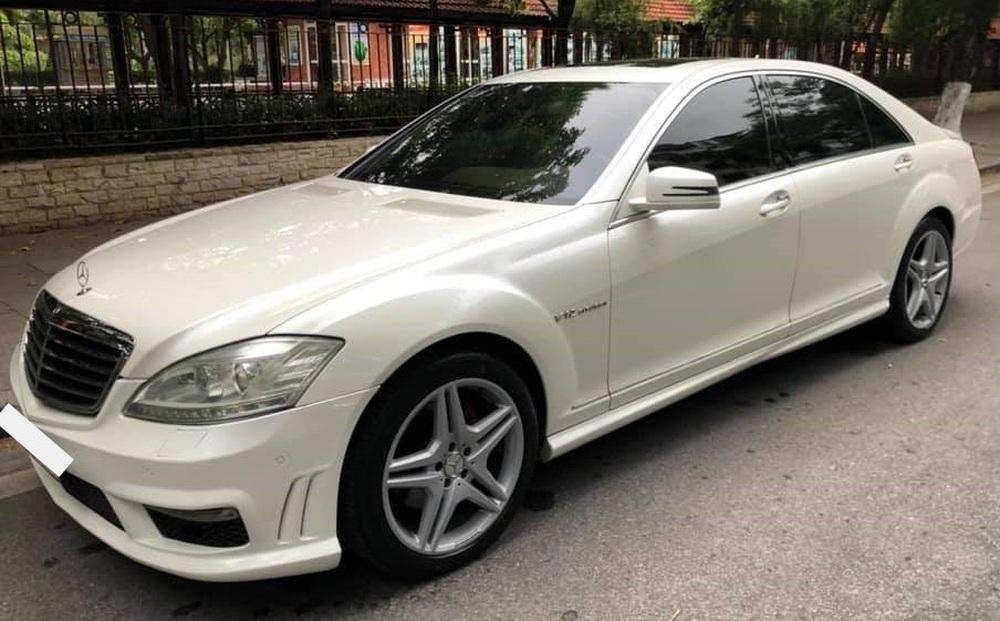 Sau 15 năm, Mercedes-Benz S-Class xuống giá dễ mua như VinFast Fadil