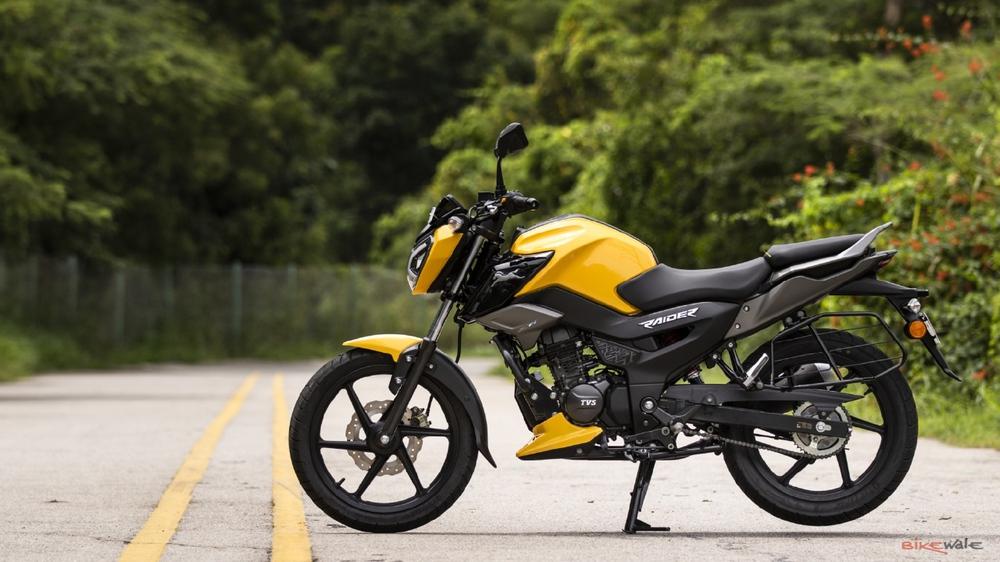 Xe máy 125cc giá 24 triệu, dáng thể thao ngầu đét, hỗ trợ điều khiển giọng nói - Ảnh 1.