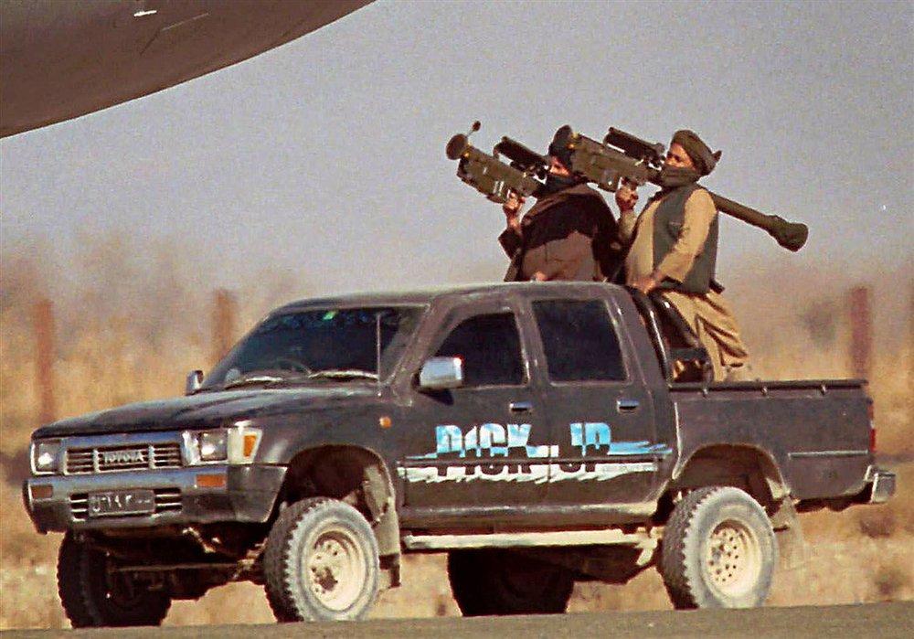 Hành động bất chấp cảnh báo đỏ của Tướng Shoigu, thủ lĩnh nổi dậy Afghanistan vừa chứng minh điều gì? - Ảnh 4.