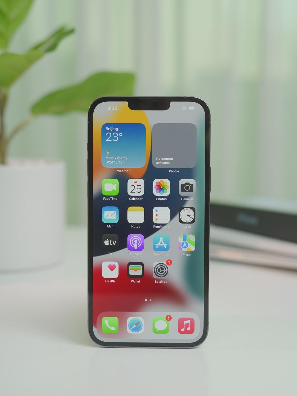 Ngắm iPhone 13 đầu tiên về Việt Nam: chỉ có hai từ xuất sắc - Ảnh 5.