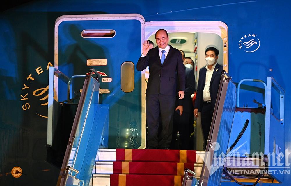 Chuyên cơ của Chủ tịch nước đã về đến Hà Nội, chở theo hơn 1 triệu liều vắc xin Abdala - Ảnh 1.