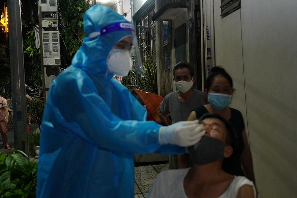 PGĐ Sở Y tế Hà Nam giải thích nguyên nhân ca mắc COVID-19 cộng đồng tăng - Ảnh 1.