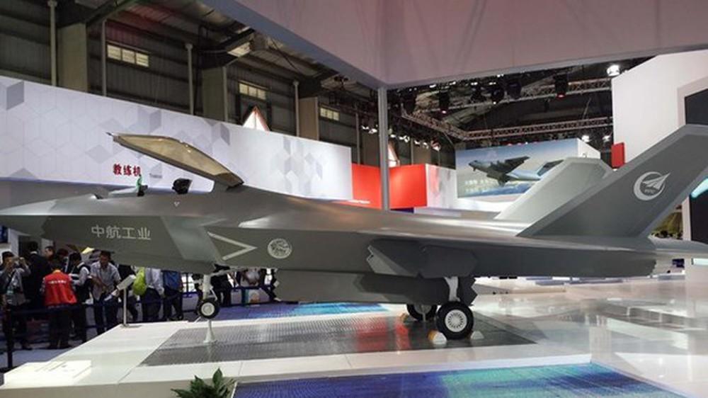 Bí ý tưởng hút khách ở Zhuhai-2021, Trung Quốc thuổng luôn bài vở của Su-75 Checkmate? - Ảnh 8.