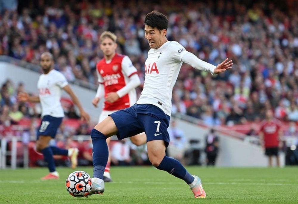 Hàng công rực cháy giúp Arsenal nghiền nát Tottenham ngay trong 30 phút hiệp 1 - Ảnh 10.
