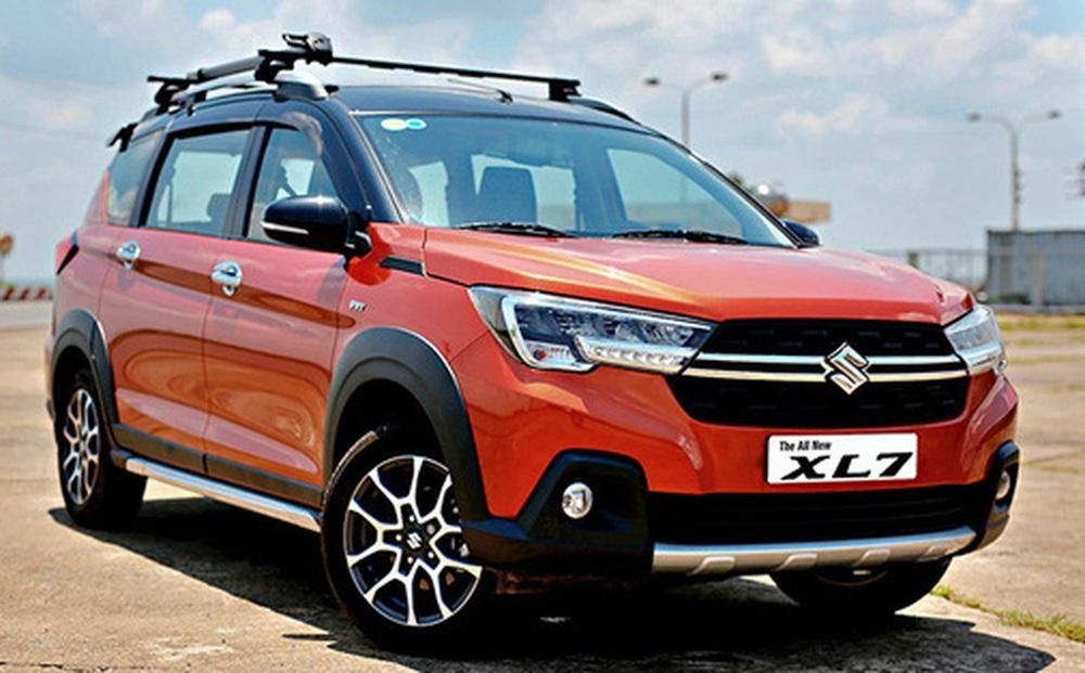 Suzuki XL7 giảm mạnh tại đại lý, giá chưa tới 550 triệu đồng