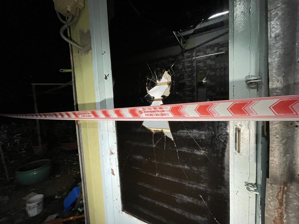 Vụ án mạng kinh hoàng ở quận 7: Mang một phần thi thể nạn nhân để trước cửa rồi lững thững đi bộ về nhà - Ảnh 7.