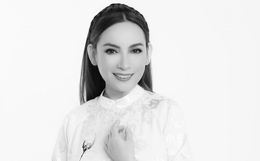 Việt Hương thông báo việc lo hậu sự sau khi Phi Nhung qua đời