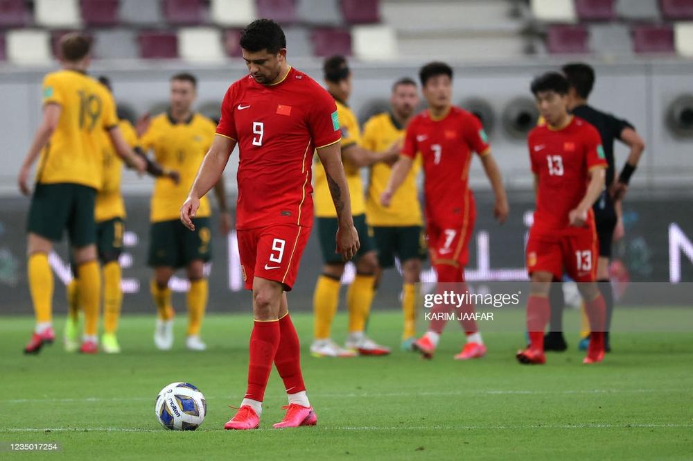 Nhà vô địch AFF Cup: Gặp tuyển Trung Quốc, thấy họ cao to mà hết hồn, mình đứng chỉ đến vai - Ảnh 7.