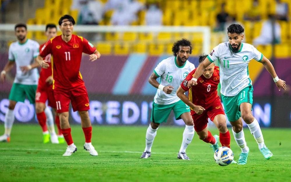 Cầu thủ Ả Rập Xê Út thừa nhận đã bị sốc với siêu phẩm của Quang Hải - Ảnh 3.