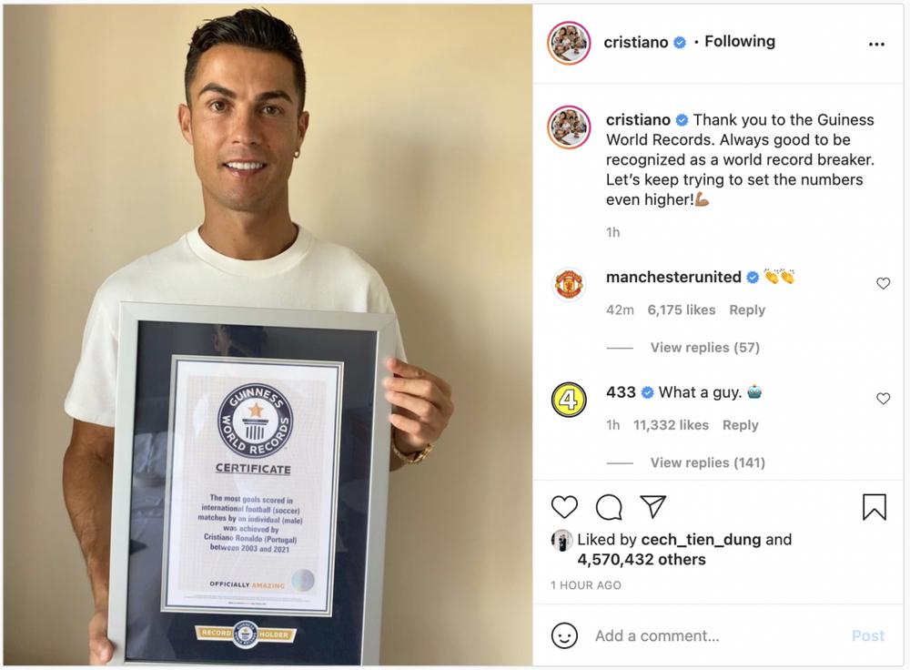 Ghi 111 bàn cho ĐT Bồ Đào Nha, Ronaldo nhận kỷ lục Guinness - Ảnh 1.