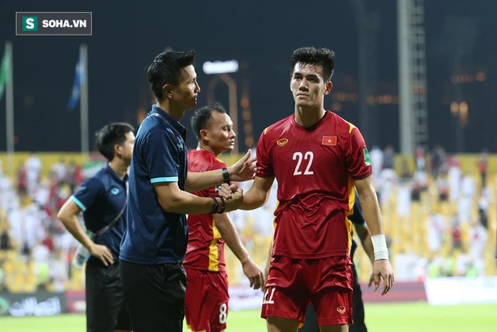 Nhìn diện mạo tuyển Việt Nam của thầy Park, mới thấy thất bại của Hữu Thắng đáng giá nhường nào - Ảnh 3.