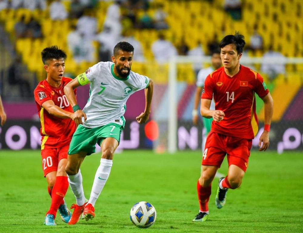 Thi đấu kiên cường trong màu áo ĐT Việt Nam, Hoàng Đức được Viettel FC trọng thưởng - Ảnh 1.