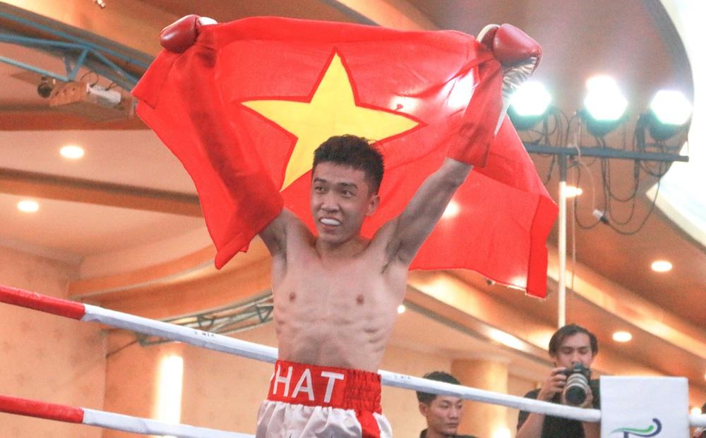 Hình ảnh: Minh Phát và Thu Nhi sẽ thượng đài tranh đai WBO số 1