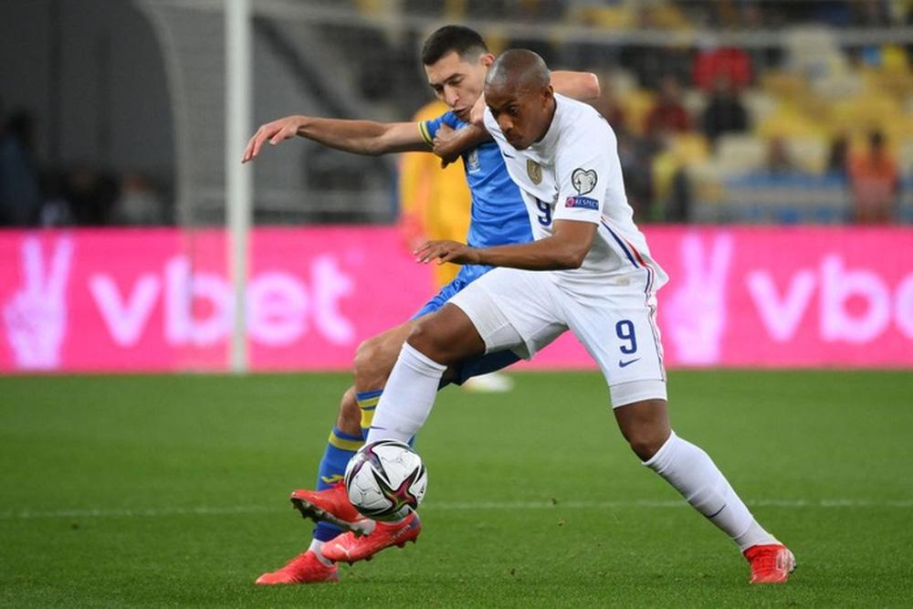 Chân gỗ tỏa sáng, Pháp vẫn để Ukraine cầm hòa 1-1 sau 90 phút - Ảnh 1.