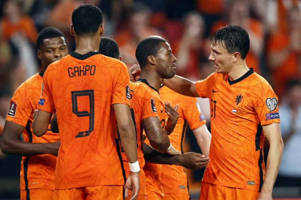 Hà Lan 4-0 Montenegro: Bay trên đôi cánh Depay - Ảnh 2.