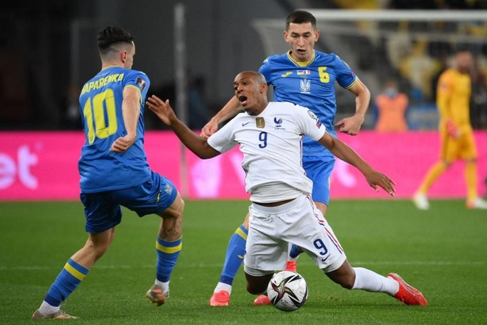Chân gỗ tỏa sáng, Pháp vẫn để Ukraine cầm hòa 1-1 sau 90 phút - Ảnh 5.
