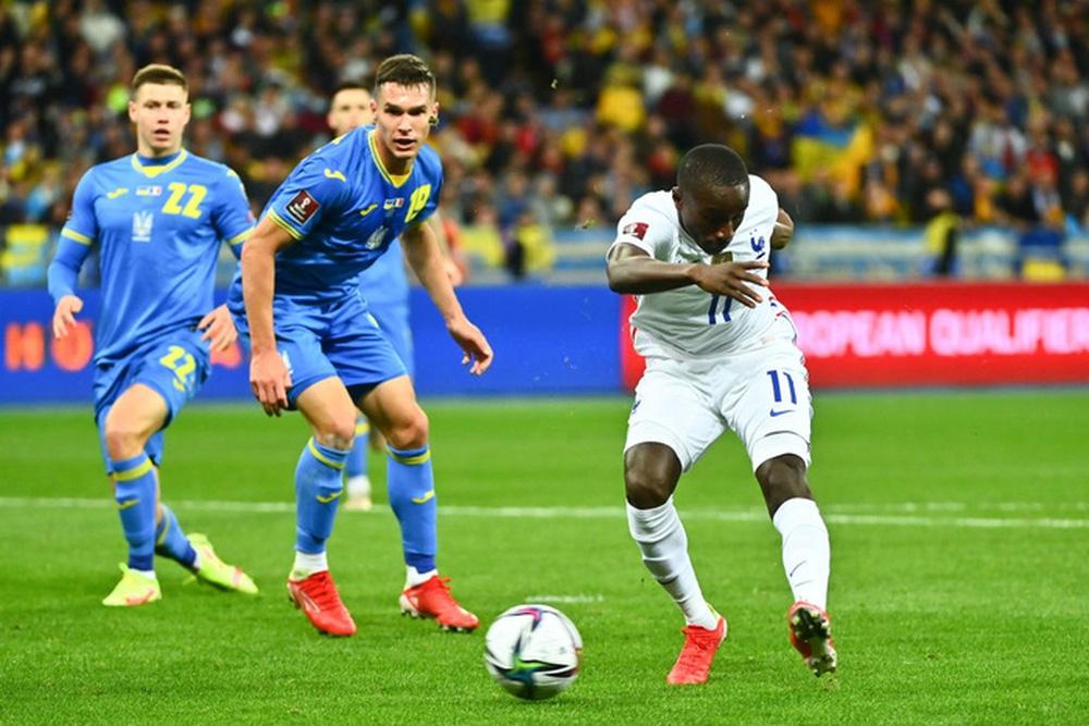 Chân gỗ tỏa sáng, Pháp vẫn để Ukraine cầm hòa 1-1 sau 90 phút - Ảnh 9.
