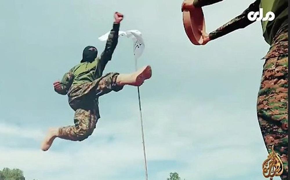 Taliban tung video các chiến binh thể hiện kỹ năng chiến đấu