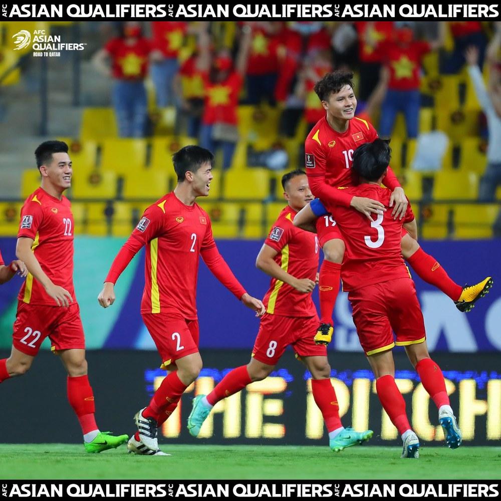 Siêu tiền đạo V.League: Australia rất mạnh, nhưng tuyển Việt Nam có Quang Hải để mộng mơ - Ảnh 1.