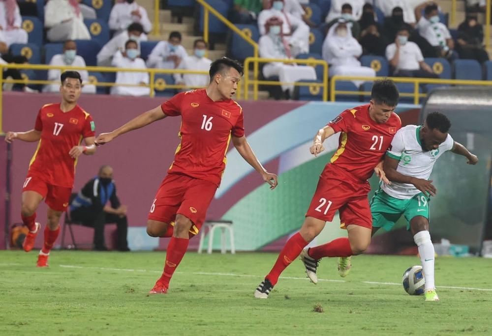 Nhà báo châu Á: Đội tuyển Việt Nam có thể gây sốc trước Australia nhờ một cây đũa thần - Ảnh 1.
