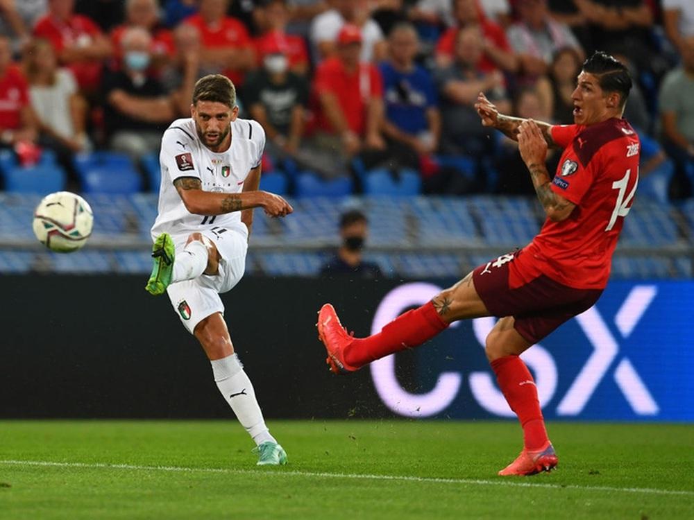 Jorginho đá hỏng 11m, Italy hoà Thuỵ Sĩ trong trận cầu không bàn thắng - Ảnh 3.